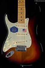 Fender American Deluxe Stratocaster® 3-Color Sunburst Lefty (295)