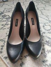 NWOB Nine West Size 10 Black Round Toe Pump