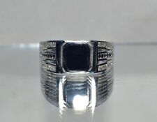 GENUINE  BLACK ONYX~LIGHT WEIGHT 4.2 GRAMS~SIZE 11 ~MEN`S STERLING SILVER RING