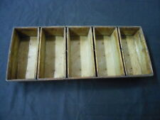 5 strap bread pans used