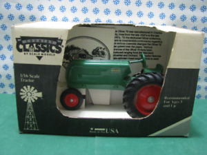 Vintage Row Crop 70 - 1/16 Country Classic Tractor - Made IN USA 1989