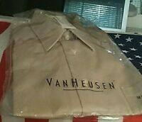 Van Heusen Mens Button Down Dress Shirt  17 32/33 Beige Polyester/Cotton New