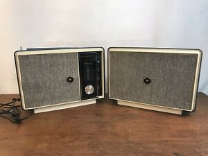 Vintage Mayfair AM FM Stereo 8 Track Portable Player with Detachable Speaker