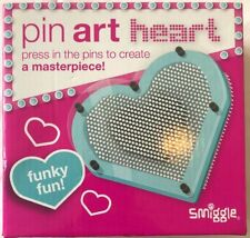 New 2017 Smiggle Pin Press Art Heart Funky Fun Creativ Toy in Baby Blue with Box