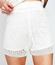 NEW NWT MODCLOTH WHITE CROCHET KNIT LACE SHORTS PERFECT FOR SUMMER FIT SIZE S-M