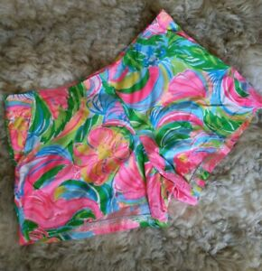 Lilly Pulitzer Classic Vibrant Floral Abstract Print Shorts L