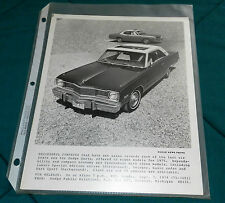 51975 DODGE DART -- Dodge News photo 75-3001