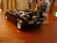 1/16 Lamborghini Countach V12 Coupe with Rear Spoiler Rare Black 1/18