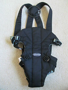 New Infantino Black Cozy Rider Baby Infant Carrier Back Front Green & Gray Plaid