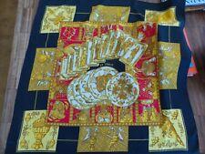 Superbe et authentique carré soie HERMES LE TAROT noir et or