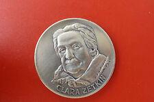 *DDR Medaille Clara Zetkin/ ca.58,3g-ca.50mm* *(Schub1)