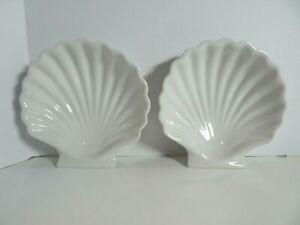 "Set of 2 Ceramic Nautical White Scallop Shell 6.5"" x 6.5"""