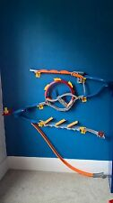 HOT WHEELS Starter Set tracce Muro, Auto SALVASPAZIO TRACK