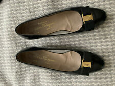 SALVATORE FERRAGAMO Black Classic Vara Pumps. Size US 9 C / UK6. Good Condition.