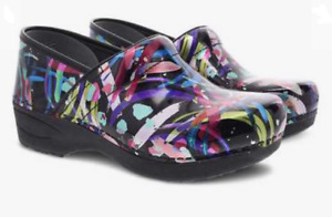Dansko XP 2.0 Multi Brushstroke Patent Clog Women's sizes 36-42/6-12/NEW!!!