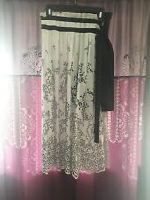 SALE Brand New Sacai Black/White High Waist Broderie Anglaise Skirt Pleated Sz M