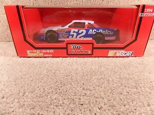 1994 Racing Champions 1:24 Diecast NASCAR Ken Schrader AC-Delco Lumina a