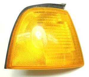 OEM Audi 80 Passenger Side Front Turn Signal 1305230044