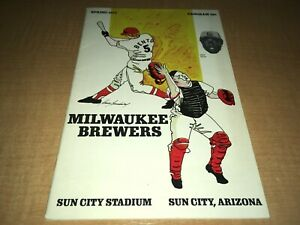 1974 Milwaukee Brewers Sun City Stadium Spring Training Program  HANK AARON