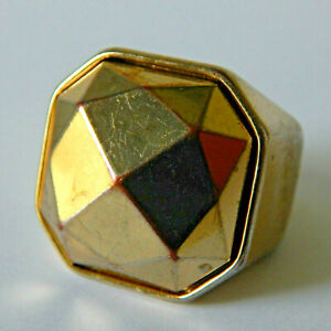 VINTAGE Gold Lucite Space Age Cocktail Statement Ring Size P Large And Chunky