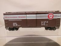 HO SCALE 40' STEEL BOX CAR PENNSYLVANIA PRR MERCHANDISE SERVICE 65424 WEATHRED