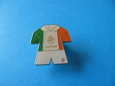 Guinness Hurling Team Kit Pin Badge. VGC, Unused. Enamel. Ireland. Shirt.