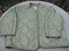 Small USMC US Army M-65 Field Jacket Liner green quilted  with buttons Very Good