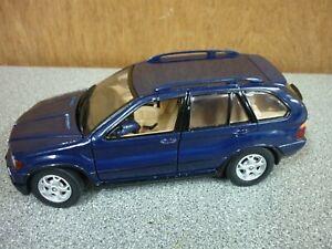 1/24 BMW X5 DIECAST MODEL CAR - GOOD CONDITION