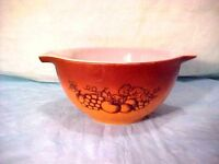 Pyrex Glass #441 Old Orchard Brown  Vintage  Nesting 1 1/2 pt.  Mixing Bowl #21