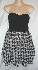 Wet Seal B&W Sheer tiered houndstooth padded tube strapless mini Dress Size M