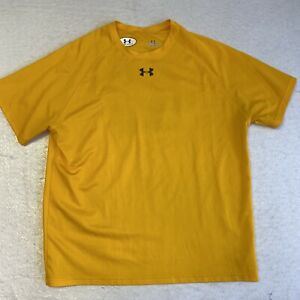 Under Armour Men's Large Short Sleeve T-Shirt Yellow Loose Fit #47 On The Back