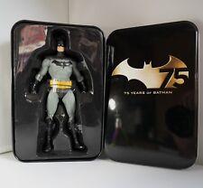 """DC Batman 75th aniversario Alex Ross (justicia: 6.5"""" H) Figura De Batman"""