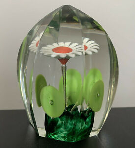 CZECH BOHEMIAN FACET CUT ART GLASS PAPERWEIGHT SULFIDE DAISY GREEN MORNING GLORY