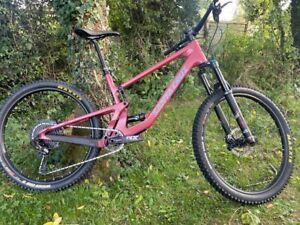 2021 Santa Cruz 5010 Carbon C R Kit Bike (Large, Raspberry)