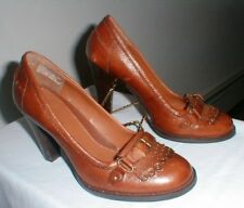 WHITE MOUNTAIN CAMEL LEATHER WYNN HEEL SHOES BUCKLE ACCENT Size 8 M