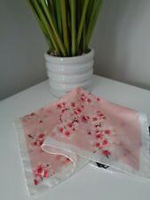 Bnwt Ted Baker Omina Blumendruck 100% silk pocket square Taschentuch Hankie