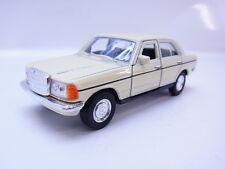 47766 Welly Limousine Mercedes Benz MB W123 1975-1986 Modellauto beige 1:40 NEU