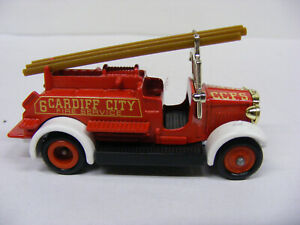 Lledo Days Gone DG10 DG12 Cardiff City Fire Service Red White Guards