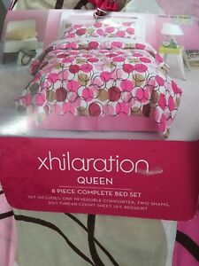 Xhilaration 8 Piece Queen Bed Set - Pink, Red, Tan Circle Pattern - NEW