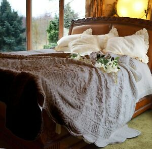 SOFT SURROUNDINGS CHALET FAUX FUR QUILT MUSHROOM KING (Over-sized)