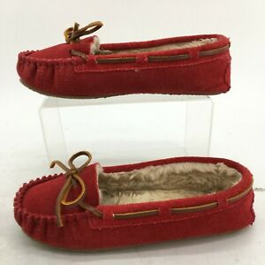 Minnetonka Cally Slipper Womens 5 Red Suede Faux Fur Lined Casual Moccasin 4016