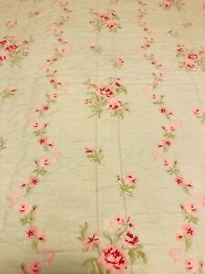 """Simply Shabby Chic Twin Size Quilt Pink Roses Mint Green Background 87x62"""""""