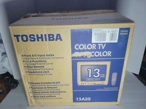 """Toshiba 13A25 13"""" CRT TV Color Television OPEN BOX NEVER USED retro gaming"""