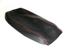 Rivestimento per bracciolo Alfa Romeo 147 JTD in vera pelle nera filo rosso
