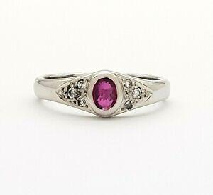 Ladies Ring 18ct (750, 18K) White Gold Natural Ruby & Diamond (15pts) Ring
