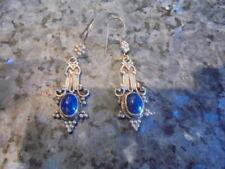 belle paire de boucle d'oreilles en argent et pierre minerale