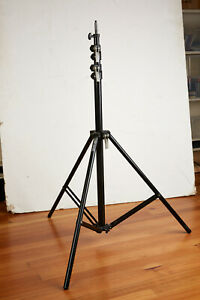 BRONCOLOR SENIOR LIGHT STAND - GOOD USED CONDITION - FITS PULSO HEADS