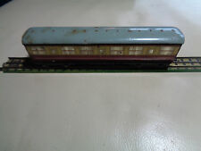 OO Gauge Hornby Dublo Red & Cream Gresley Coach 2 or 3 rail running E42759E