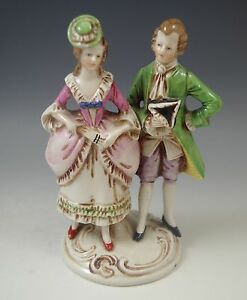 VTG GERMANY #18805 COLONIAL COUPLE PORCELAIN FIGURINE