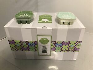 Scentsy Around the World Globe Warmer New in Box with Lot of 2 Scentsy Scents